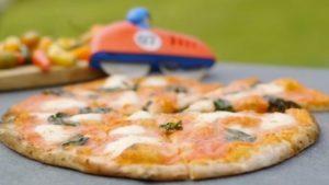 Chilli tomato pizza and lobster calzone