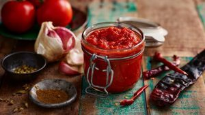 Hot red chilli sauce