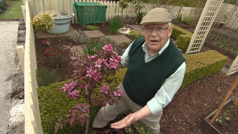 Read more about the article The Beechgrove Garden episode 11 2015