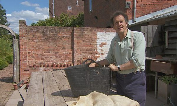 Read more about the article Gardeners World episode 21 2015