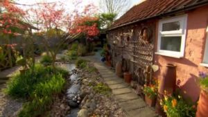 Read more about the article Love Your Garden episode 5 2014