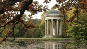 Read more about the article Gardens Near and Far episode 10 –  Englisher Garten