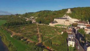 Read more about the article Gardens Near and Far episode 16 – La Roche Guyon