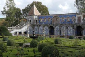 Read more about the article Gardens Near and Far episode 24 – Palacio dos Marqueses de Fronteira