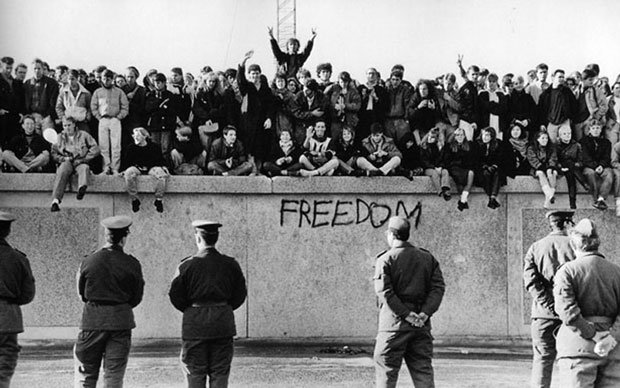 You are currently viewing The Wall – A World Divided