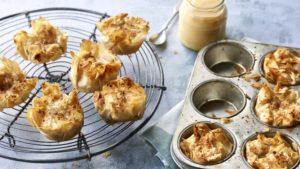 Apple palm pies
