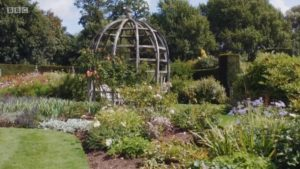 Glorious Gardens from Above episode 6 – Oxfordshire