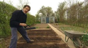 Read more about the article Gardeners World episode 5 2012