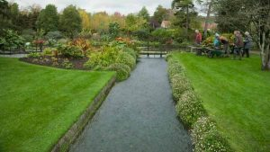 Heavenly Gardens with Alexander Armstrong episode 2