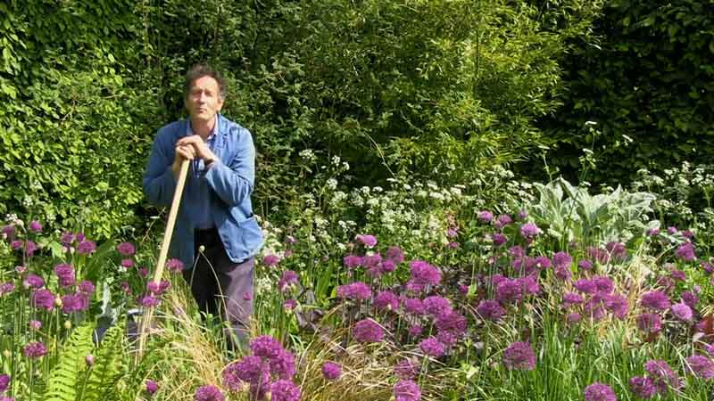 Read more about the article Gardeners World episode 10 2020