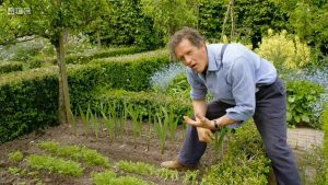 Read more about the article Gardeners World episode 12 2020