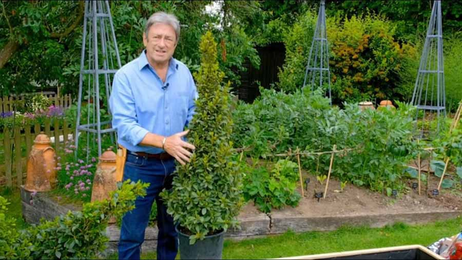 Grow Your Own At Home With Alan Titchmarsh episode 6