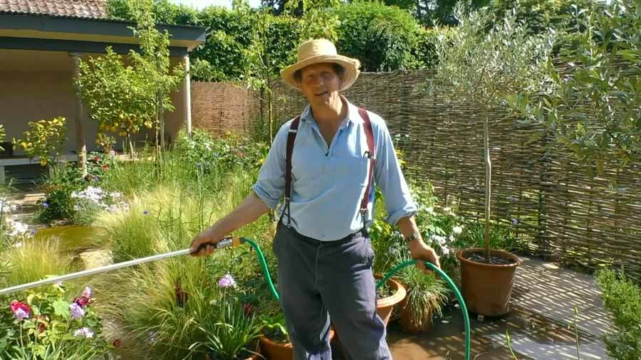Read more about the article Gardeners World episode 19 2020