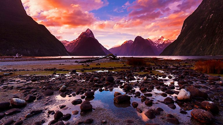 New Zealand – Earth's Mythical Islands episode 2