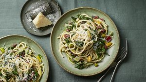 Spaghetti with chard, chilli and anchovies