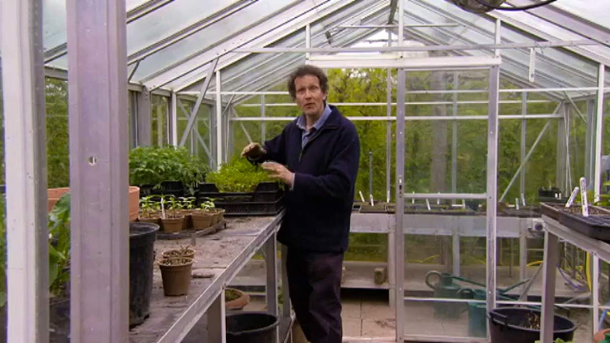 Gardeners' World episode 3 2011