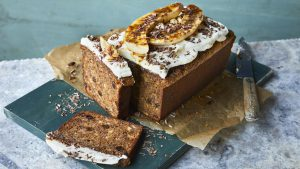 Banana loaf with cream cheese icing