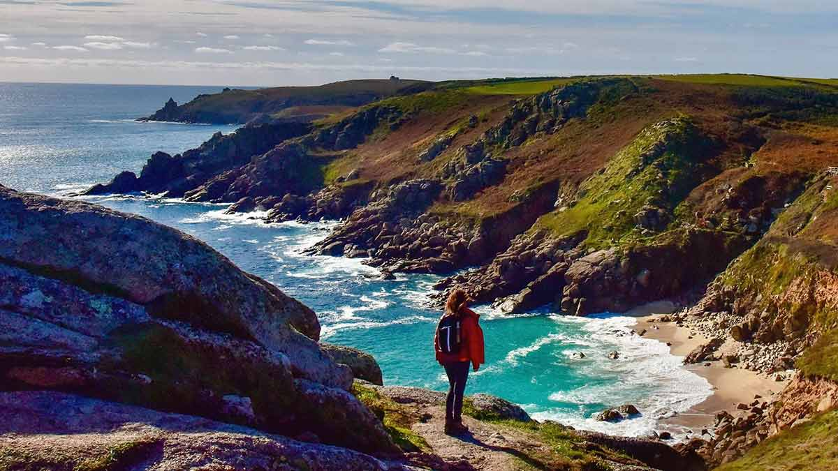 Cornwall and Devon Walks with Julia Bradbury episode 1