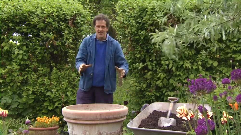 Gardeners' World episode 11 2013