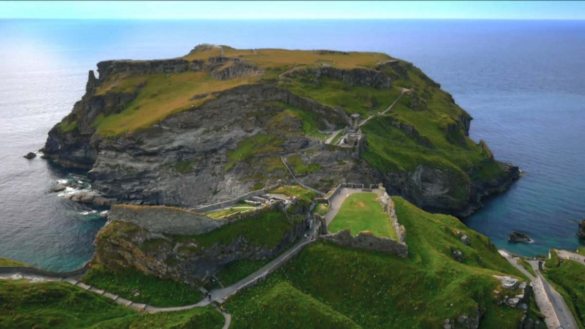 Read more about the article Secrets from the Sky – Tintagel Castle episode 1